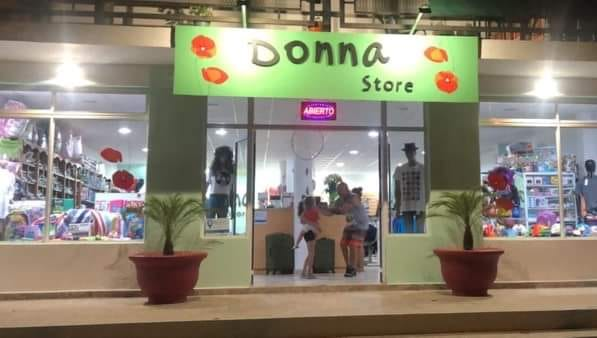 Donna Store